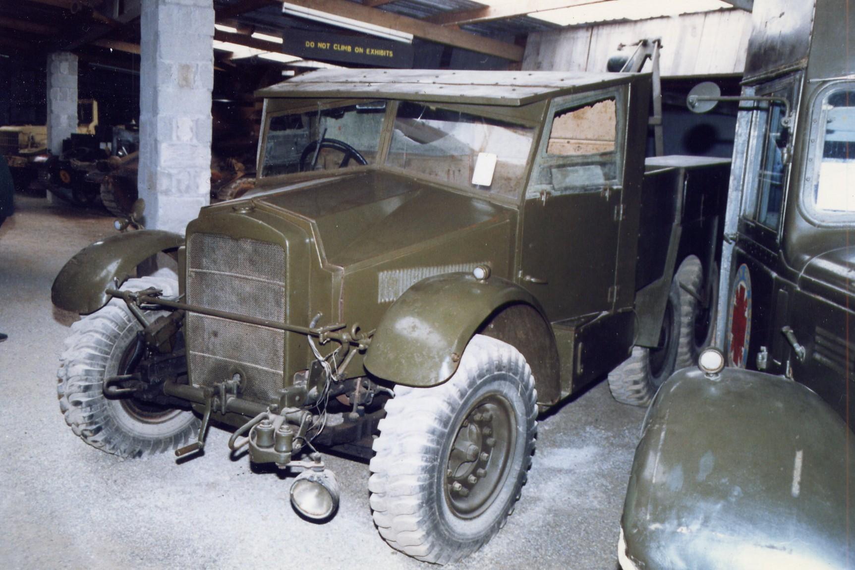 Military items | Military vehicles | Military trucks | Military Badge Collection » Lamanva ...