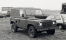 Land Rover 90 Defender (74 KF 53)