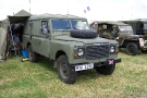 Land Rover 110 Defender (MYK 329 X)