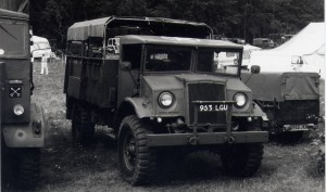 Ford F30 30cwt LAA Tractor (963 LGU)