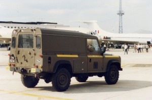 Land Rover 110 Defender (79 KE 14)