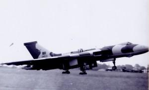 Avro Vulcan V Bomber (XM-651)