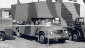 Bedford J1 4x2 Luton Van (38 FL 70)