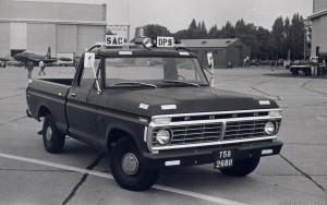 Ford F-100 Pick Up (75B-2688)