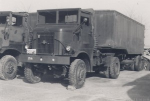 Hino HB10 4-5Ton 4x4 Tractor (50-0146)