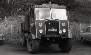 AEC 0853 Matador (002 NS)