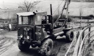 AEC 0853 Matador (XUO 718 K)