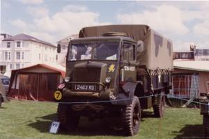 Bedford QLD 3Ton GS (2463 RU) In 1987