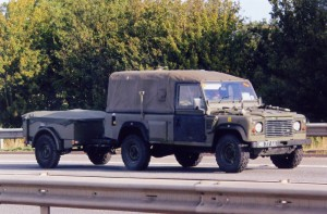 Land Rover 110 Defender (MB 77 AA)